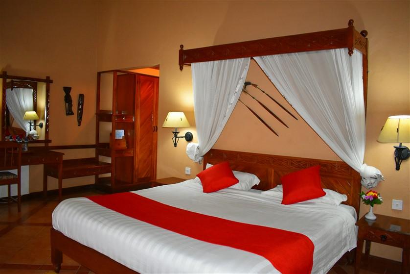 Lake Nakuru Lodge - Kichaka Tours and Travel Kenya
